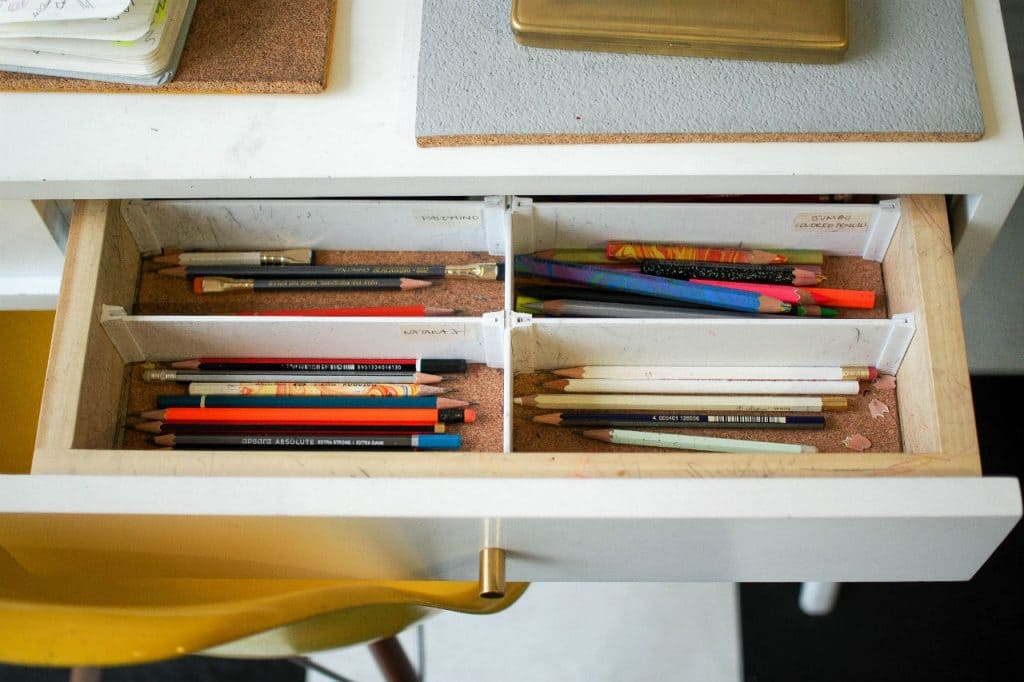 spring clean fast tidy drawers