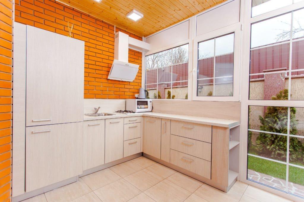 spring clean fast kitchen fridge
