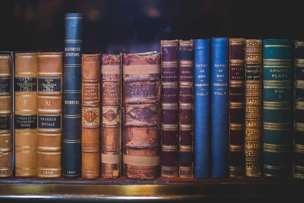 store old books humidity