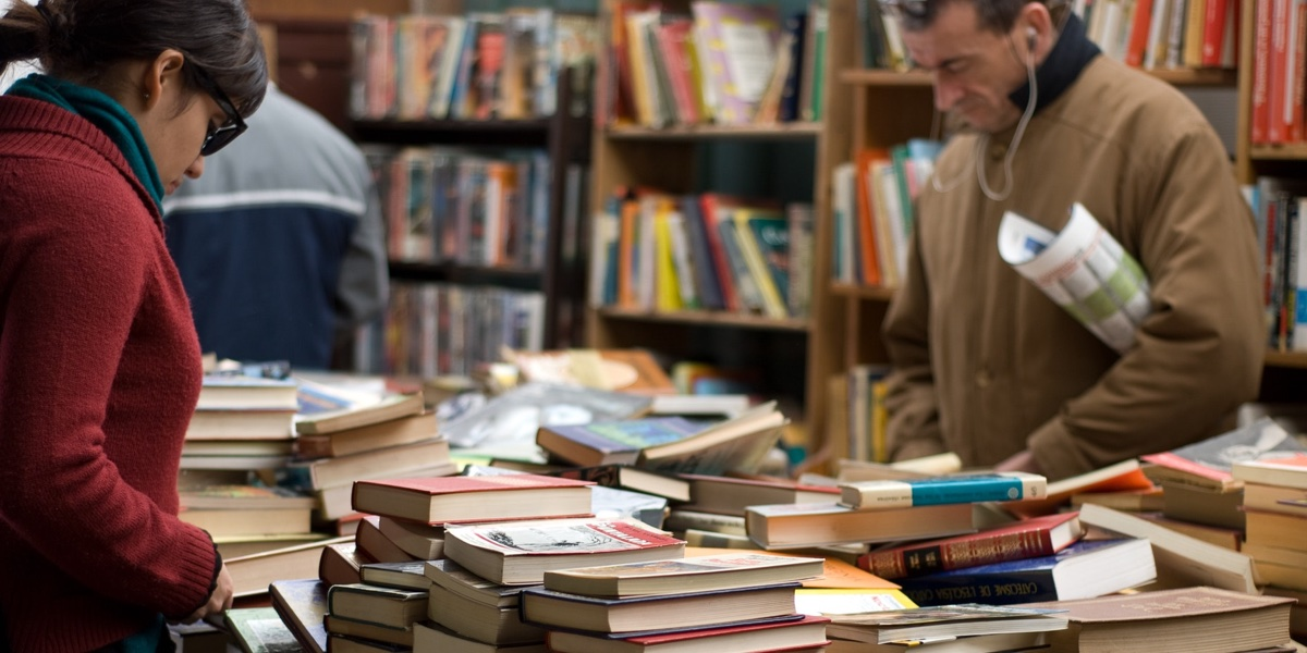 Best charity shops for books in Glasgow